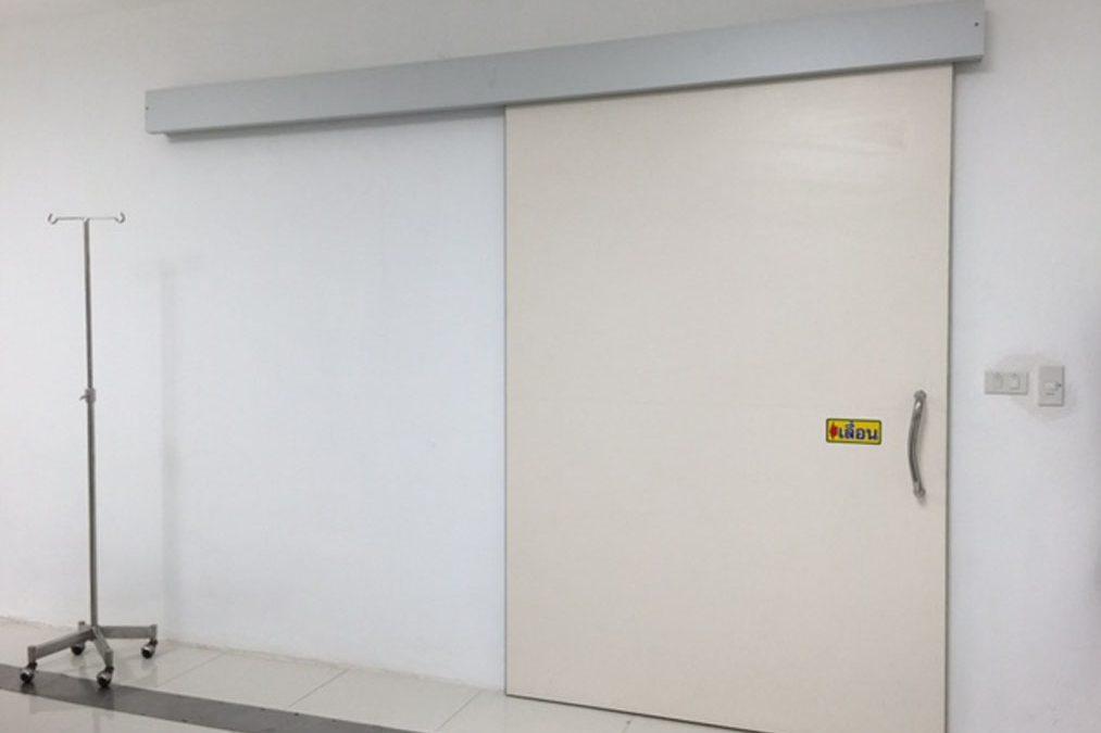 ประตูบุตะกั่ว หนา 2 มม. ห้อง TC scan รพ.รวมแพทย์ชัยนาถ